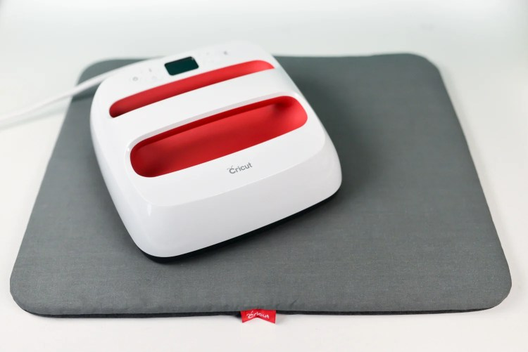 EasyPress on a mat