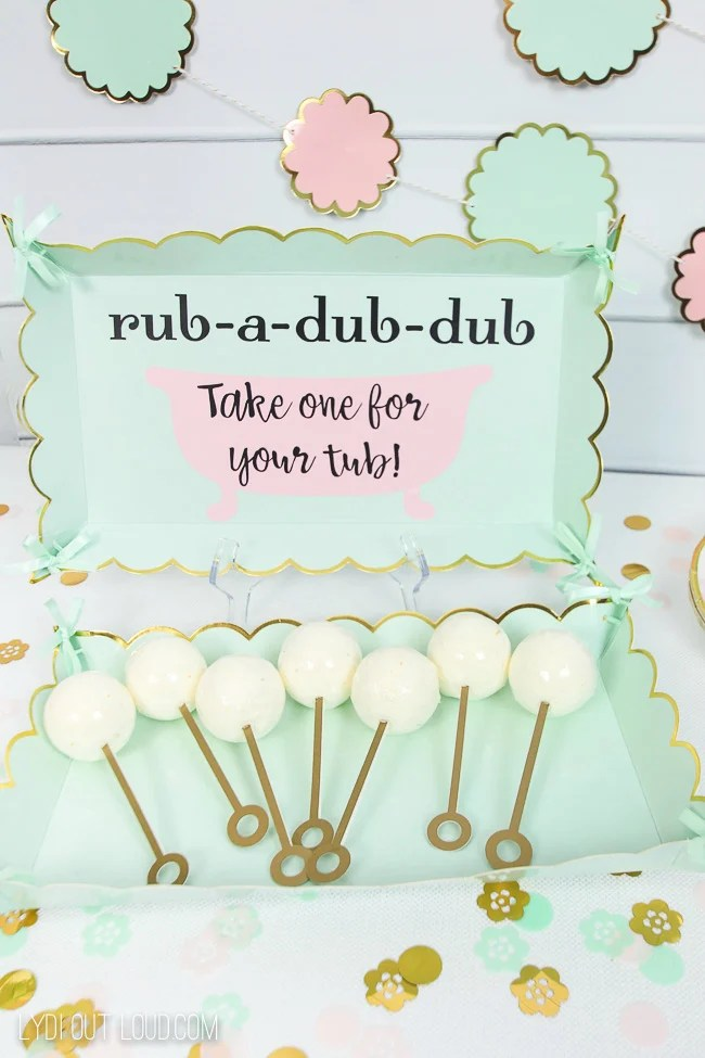 BATH BOMB BABY SHOWER FAVORS WITH CRICUT