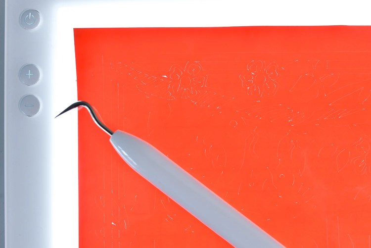 Close up of Cricut Brightpad