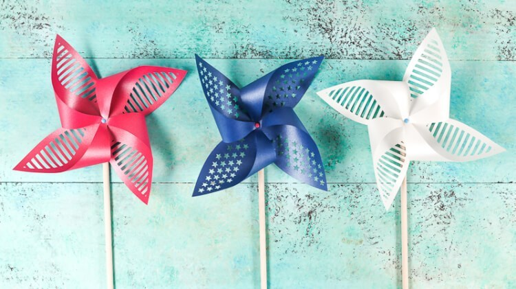 Free cut file for patriotic pinwheels