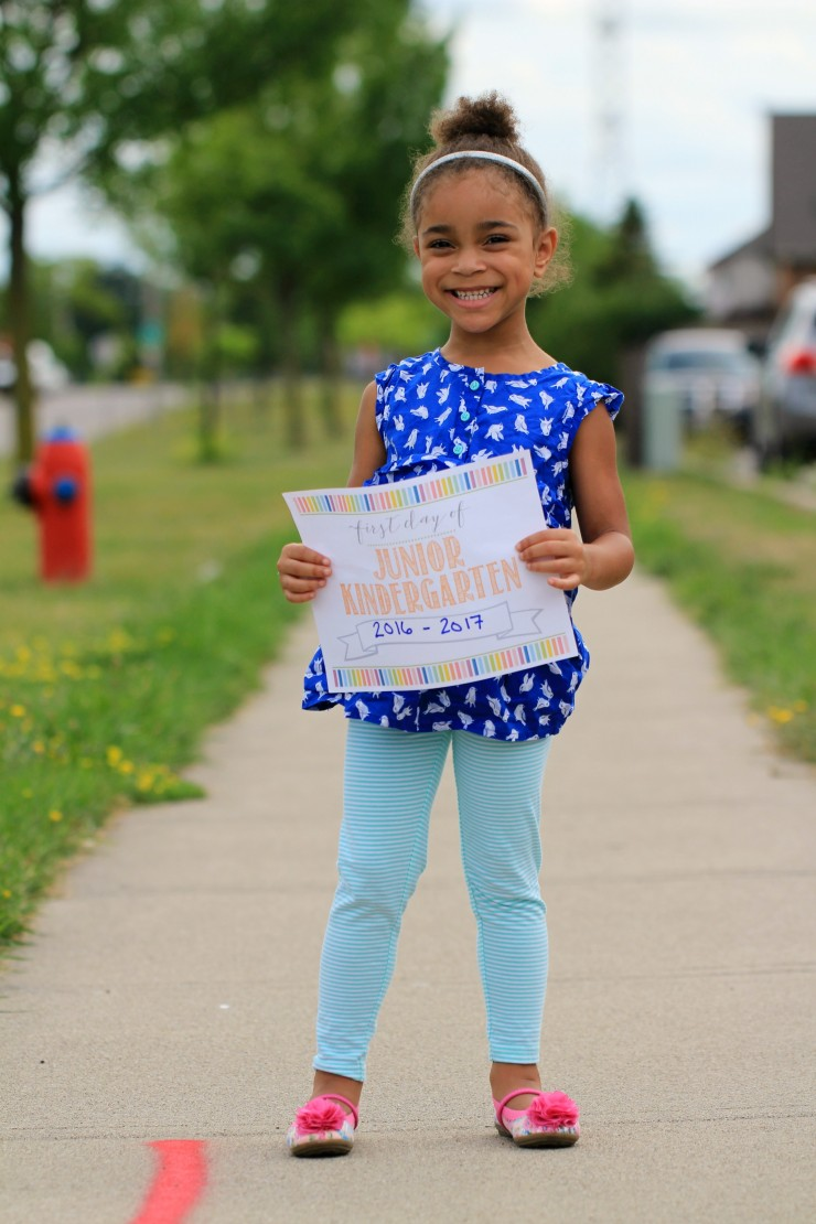 Grab this preschool through 12th grade collection of first day of school printable signs from frugalmomeh.com.