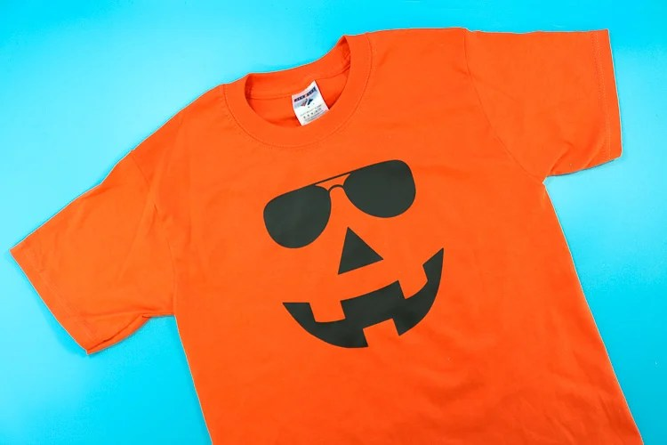 Do you know someone cool enough for this cool dude Jack-o-Lantern with sunglasses t-shirt? Thatswhatchesaid.net shares the coolest cut file with us!