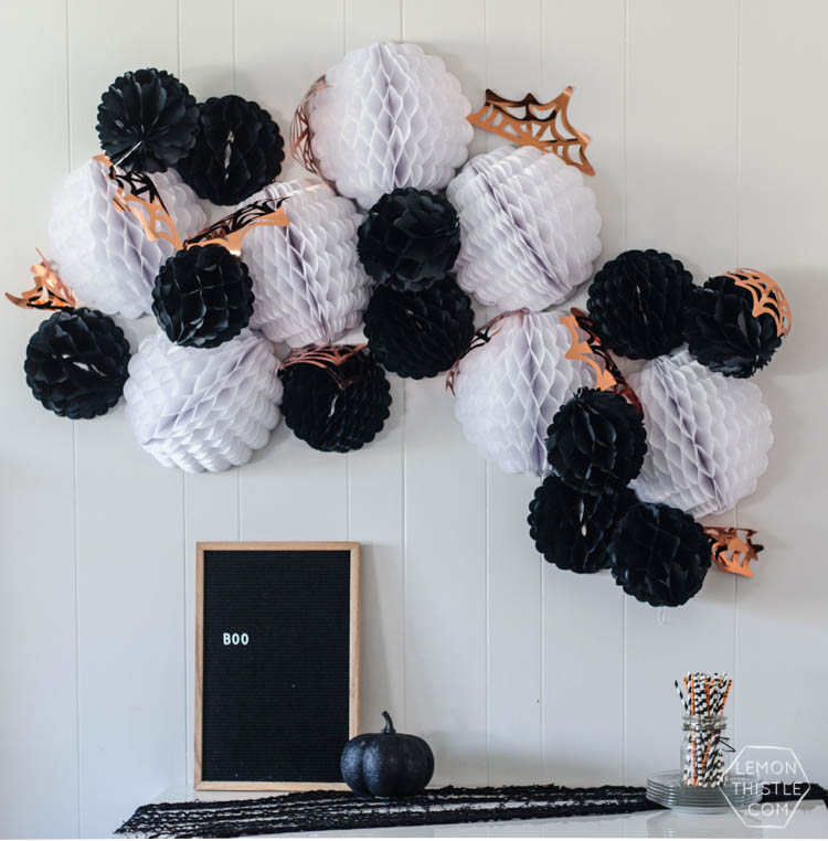 Use your Cricut or other cutting machine to create this Giant Halloween Garland from lemonthistle.com. Decorate your mantel, staircase and just about anywhere else.
