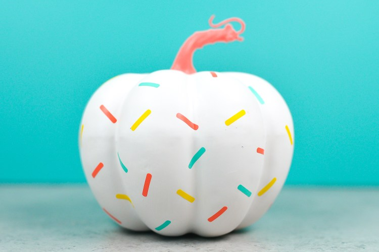sprinkle DIY pumpkin craft