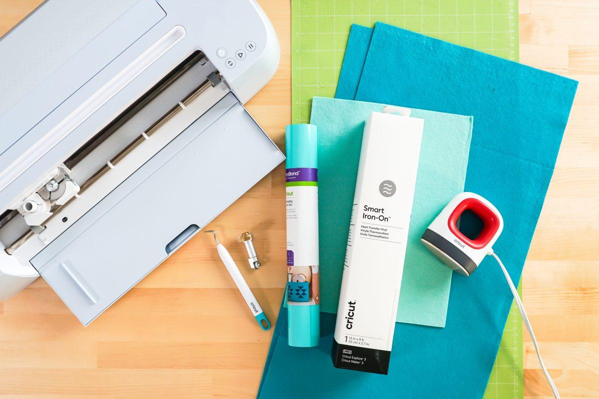 Supplies: Cricut Maker 3, large green mat, felt, iron on, Smart Iron On, weeding tool, rotary blade, EasyPress MIni