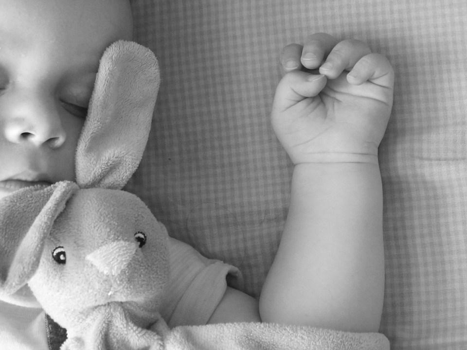 bébé avec trouble du comportement