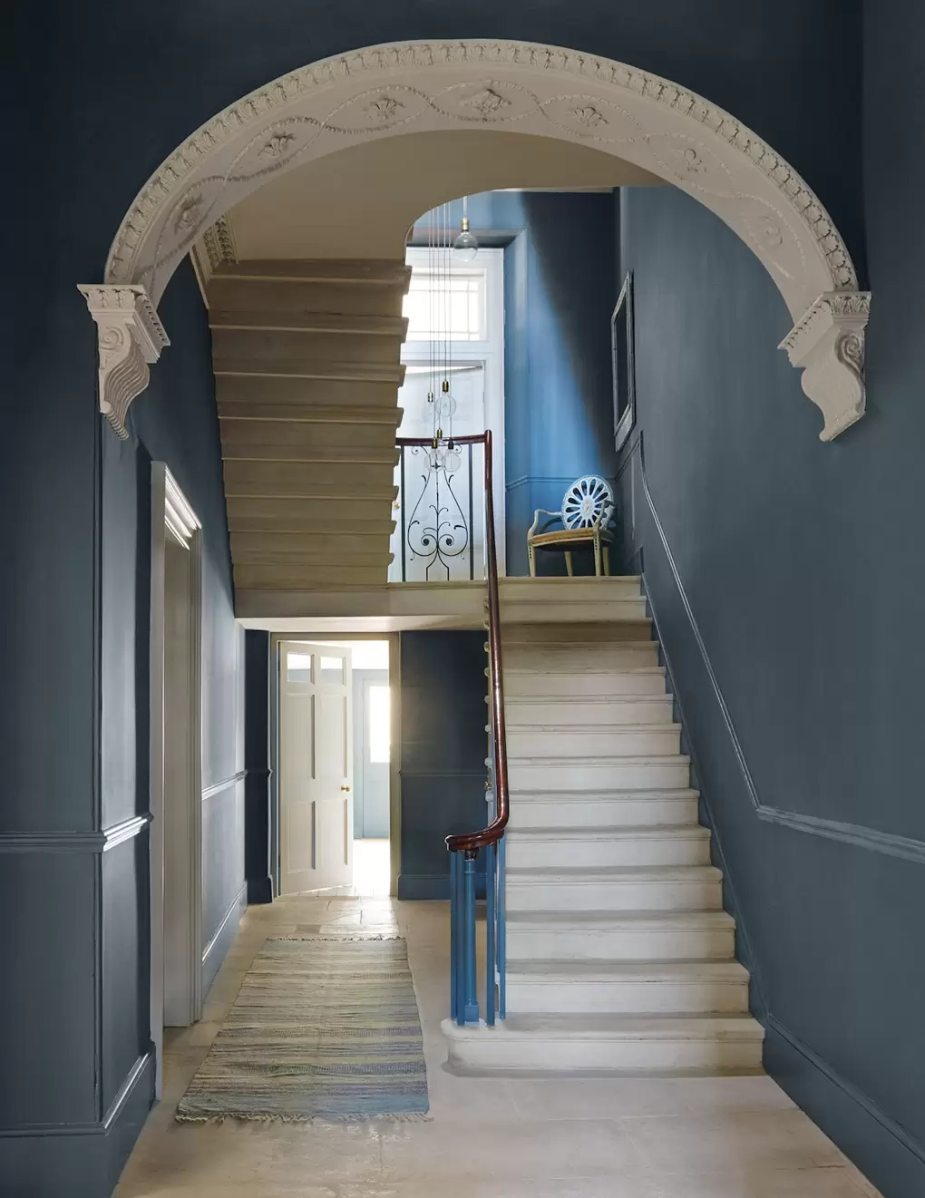 Staircase Ideas House Garden | Staircases For Small Cottages | Open | Small Footprint | Skinny | Corner | Wooden