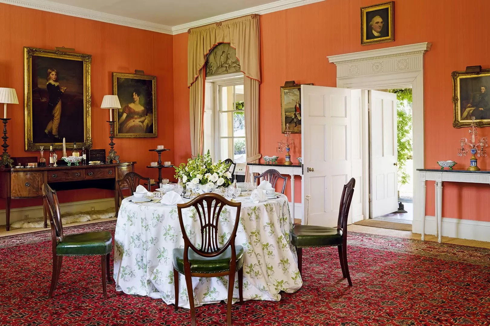 English Country House Style Its History And How To Get The Look House Garden