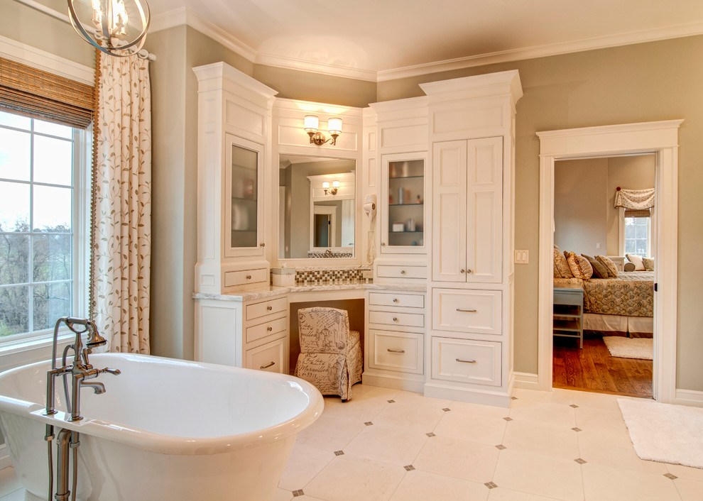 Bathroom Built In Cabinets And Vanities