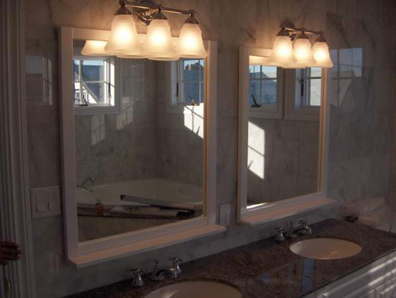Bathroom Mirror With Lights Above