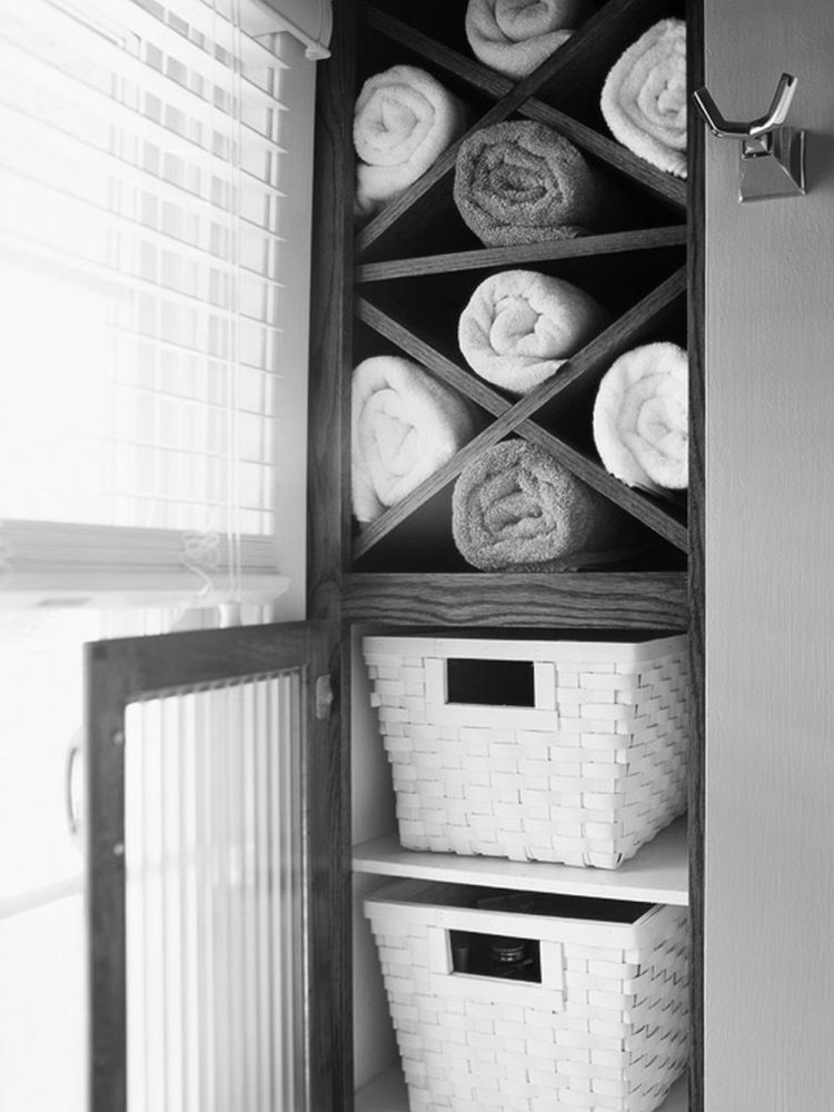 Bathroom Towel Storage Cabinets