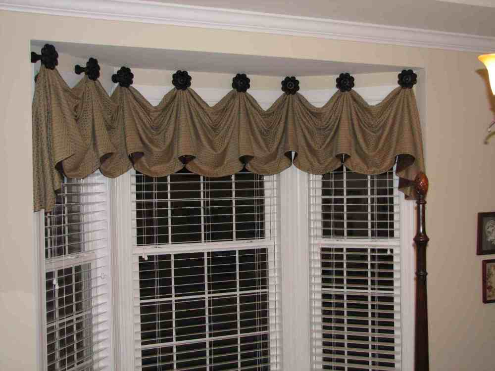 Bay Window Scarf Valance
