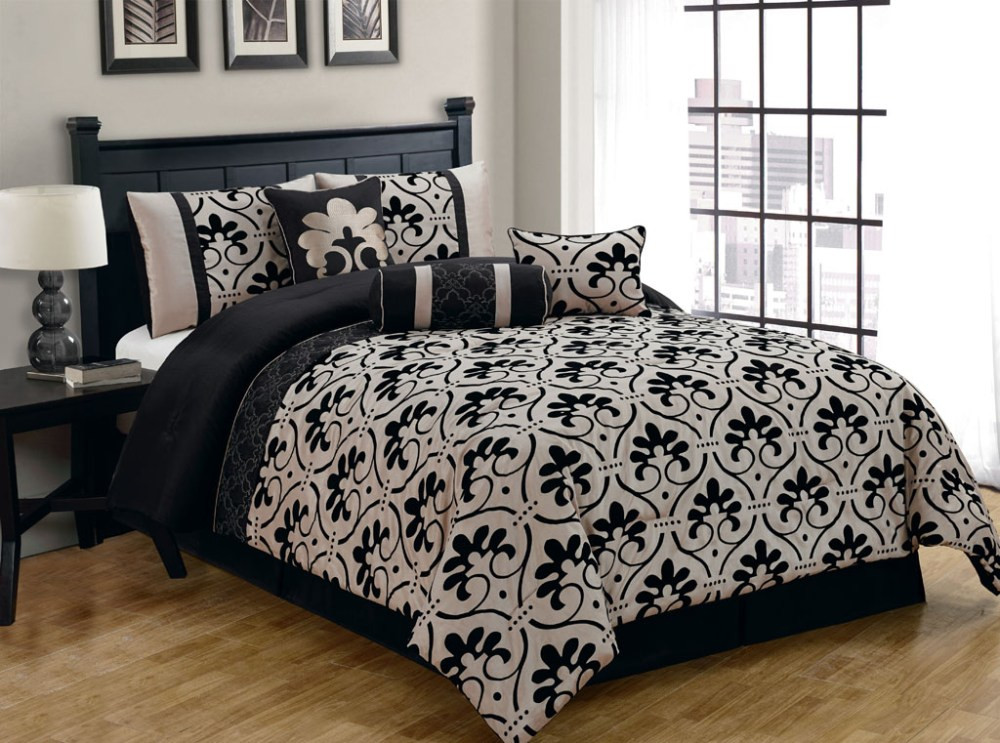Black And Gold King Comforter Set