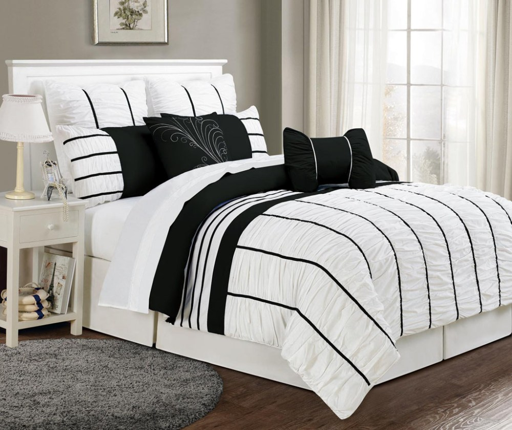 Black And White Cal King Comforter Set