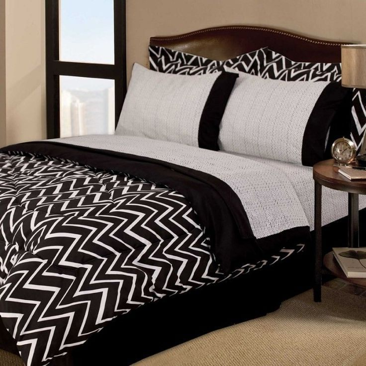 Black And White Queen Comforter Set