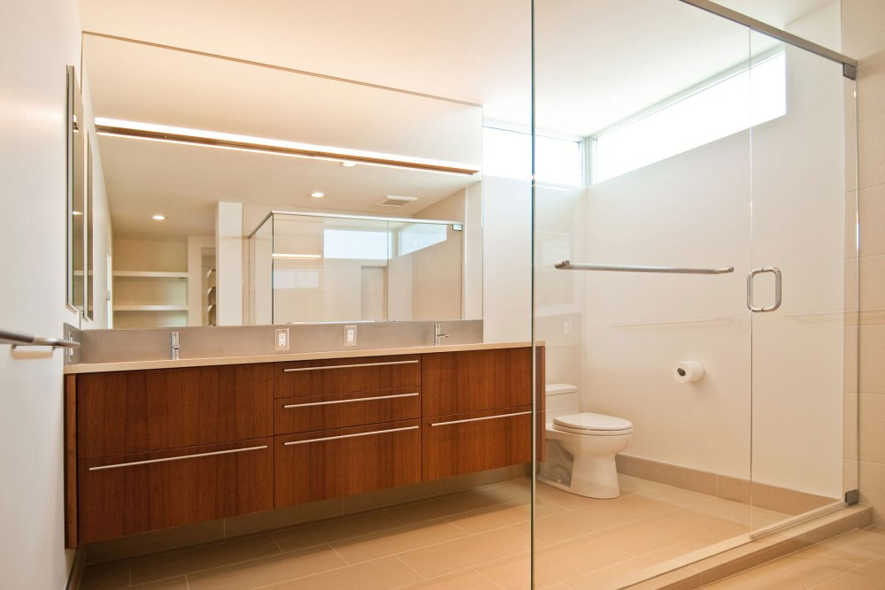 Contemporary Bathroom Wall Cabinets