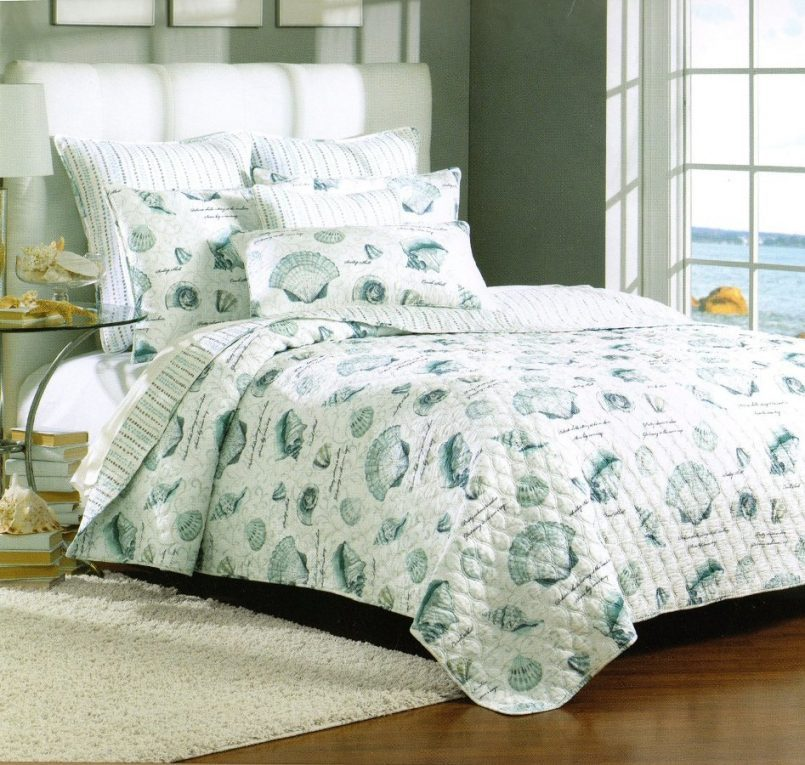 Cynthia Rowley New York Comforter Set