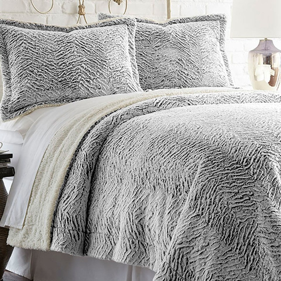 Faux Fur Comforter Set