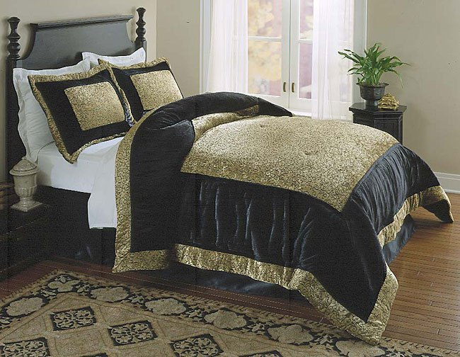 Gold Queen Comforter Set