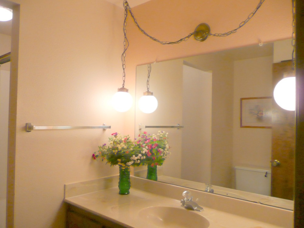 Hanging Light Over Bathroom Mirror