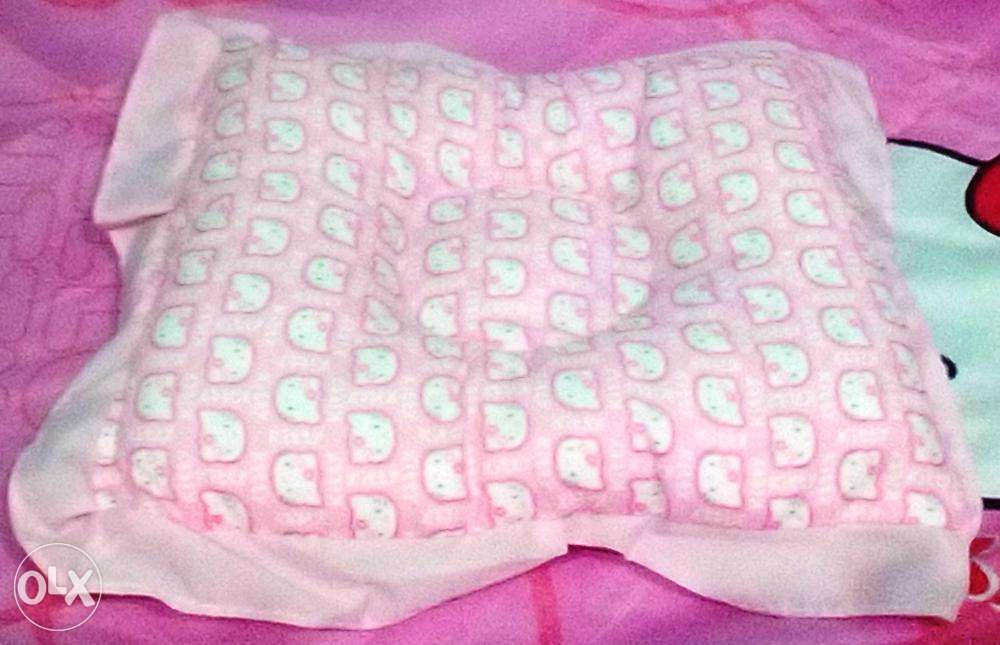 Hello Kitty Baby Comforter Set