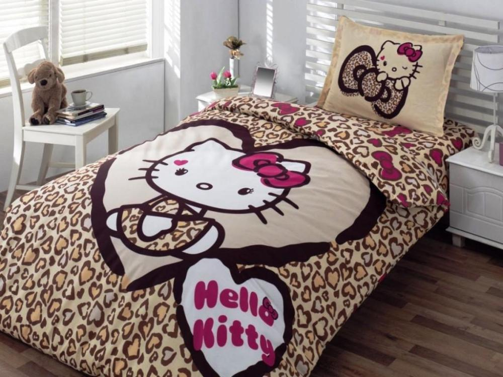 Hello Kitty Full Size Comforter Set