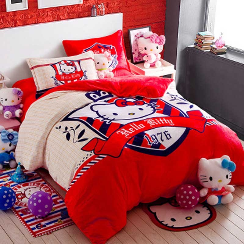 Hello Kitty Queen Size Comforter Set
