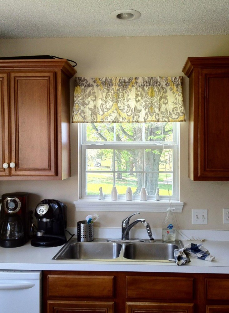 How To Hang A Scarf Valance On A Curtain Rod