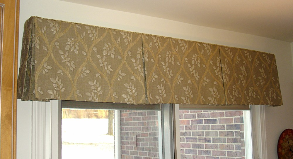 Inverted Box Pleated Valance