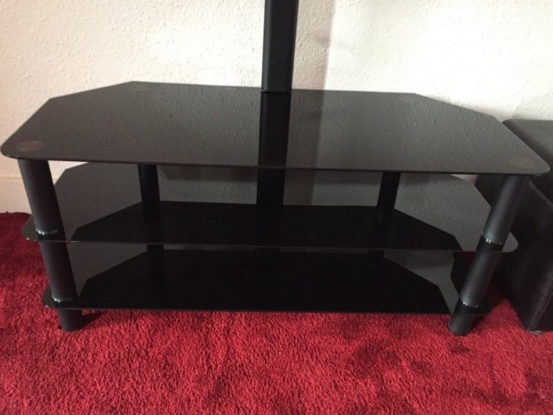 Logik Tv Stand With Bracket