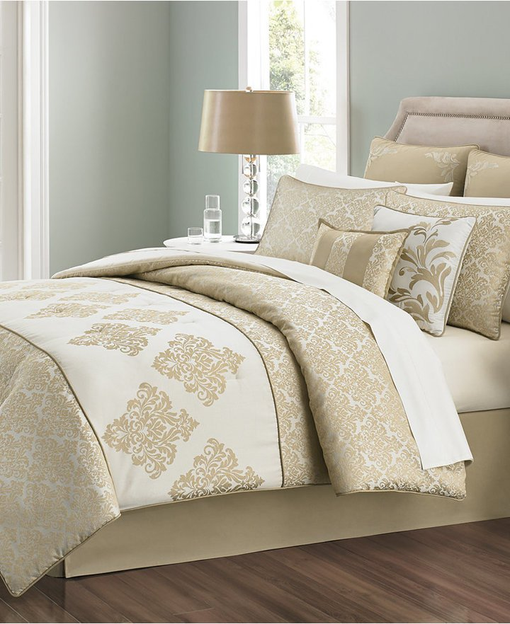 Martha Stewart King Comforter Set