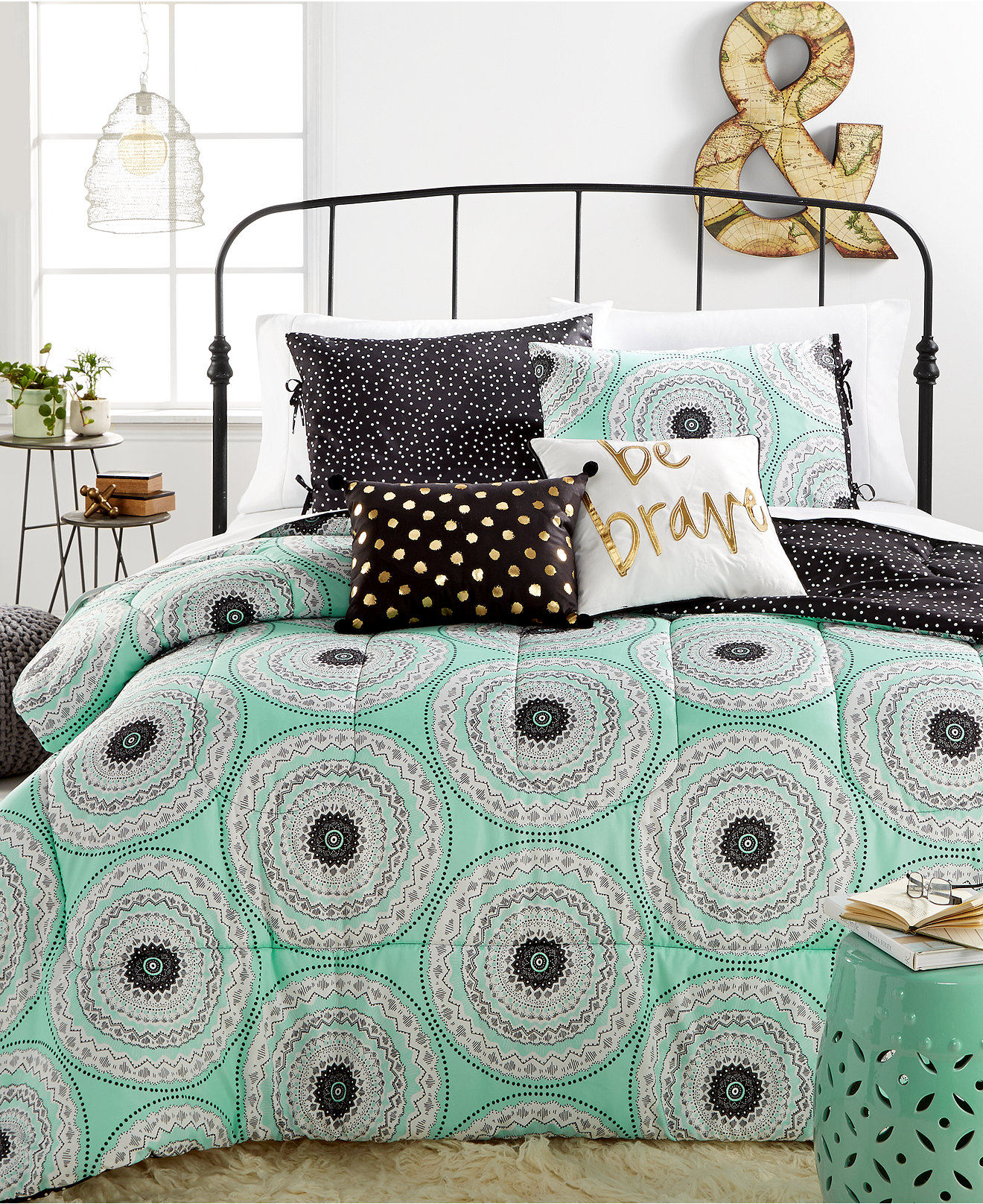 Medallion Comforter Sets