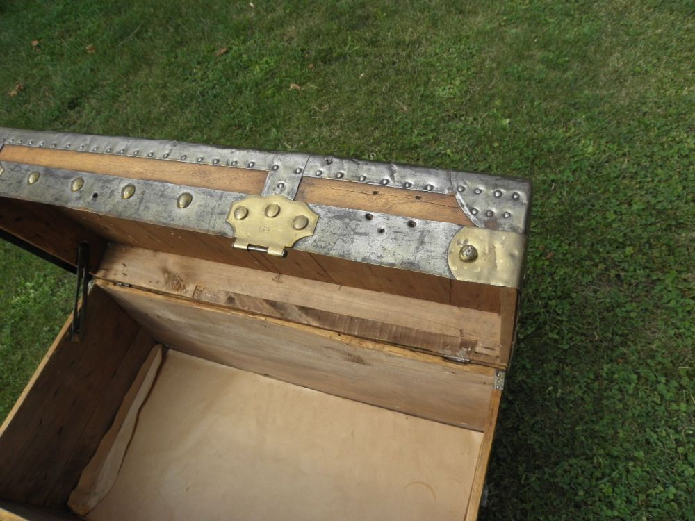 Old Trunk Tv Stand