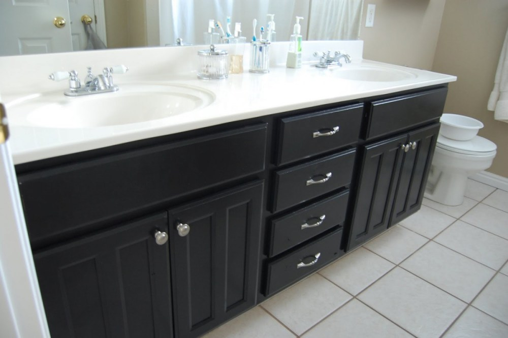 Painted Bathroom Cabinets Pictures