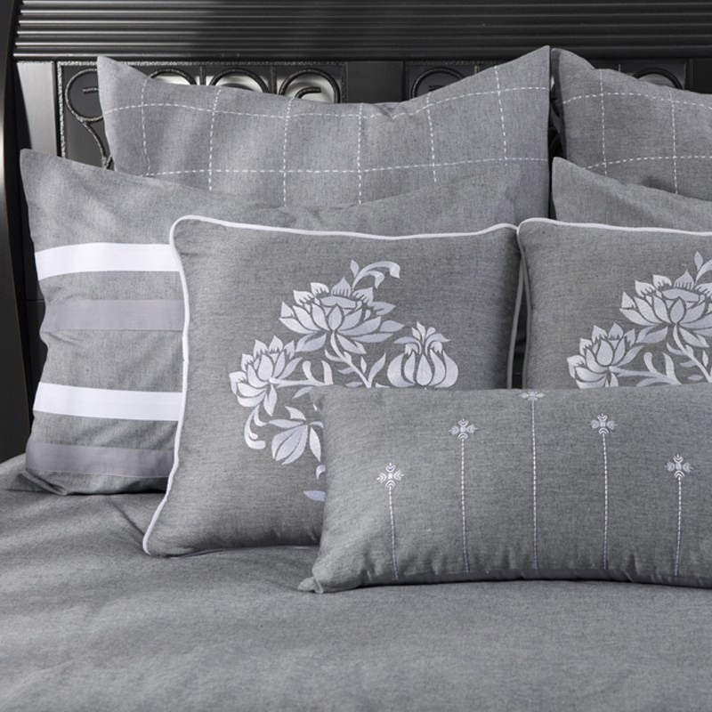 Paris Comforters Sets