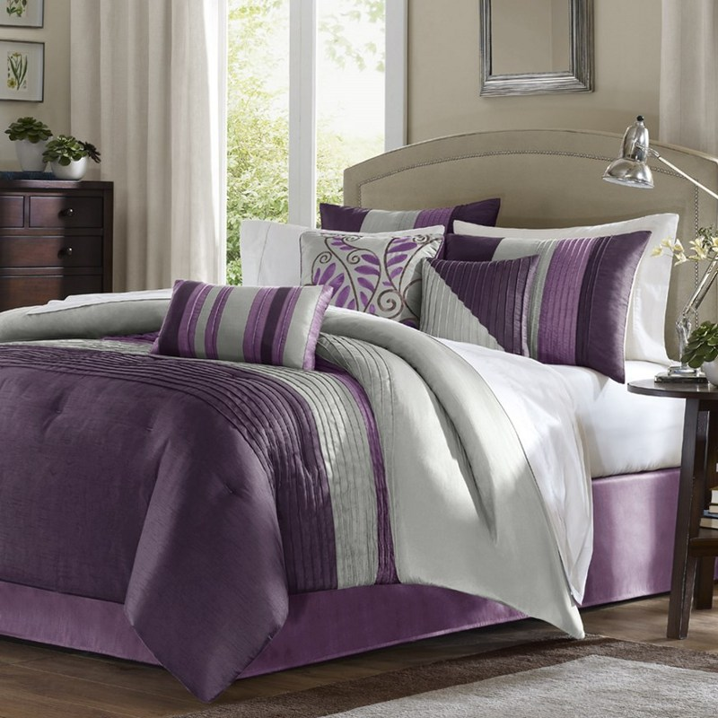Queen Purple Comforter Set