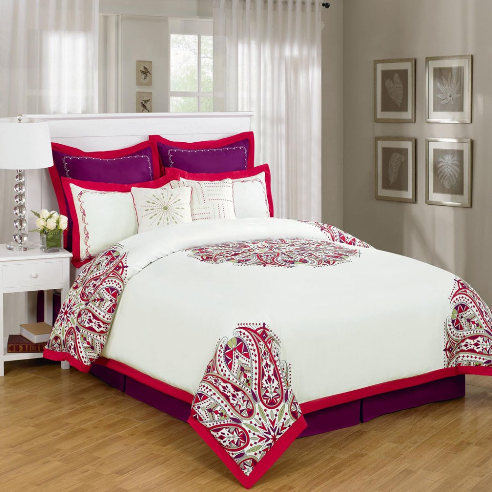 Red Queen Comforter Sets