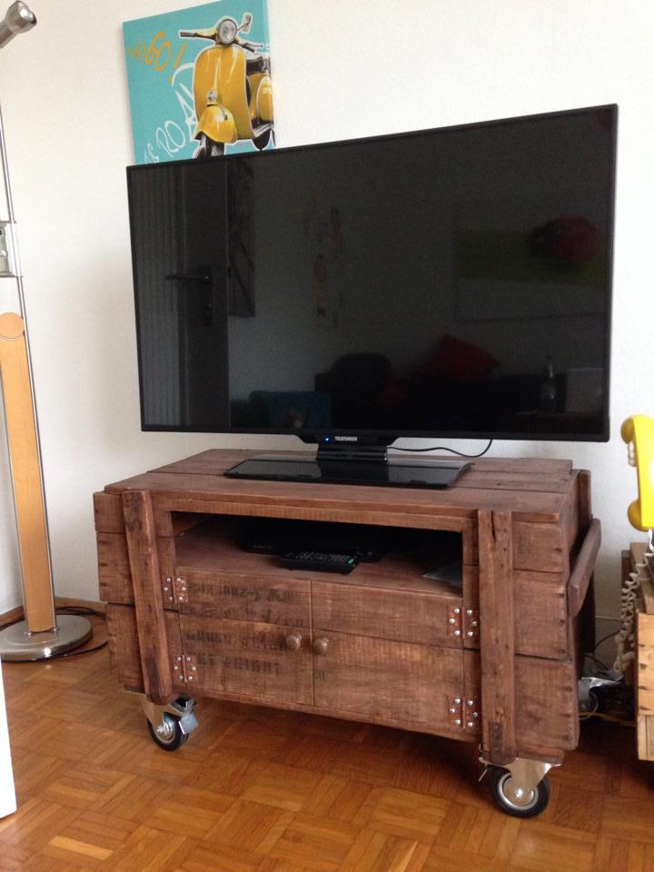 Rustic Tv Stand On Wheels