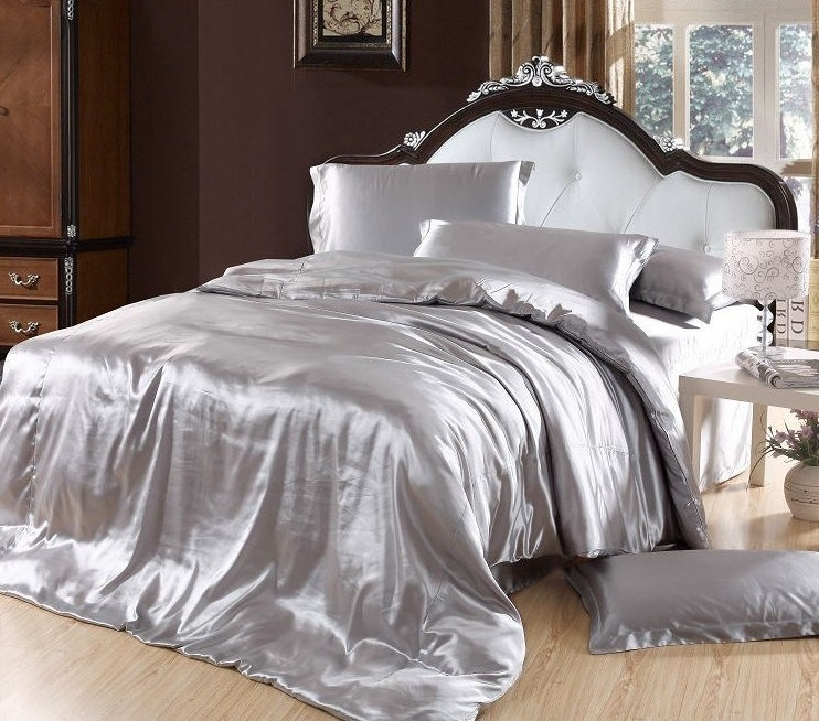 Silver Bedspreads And Comforter Sets