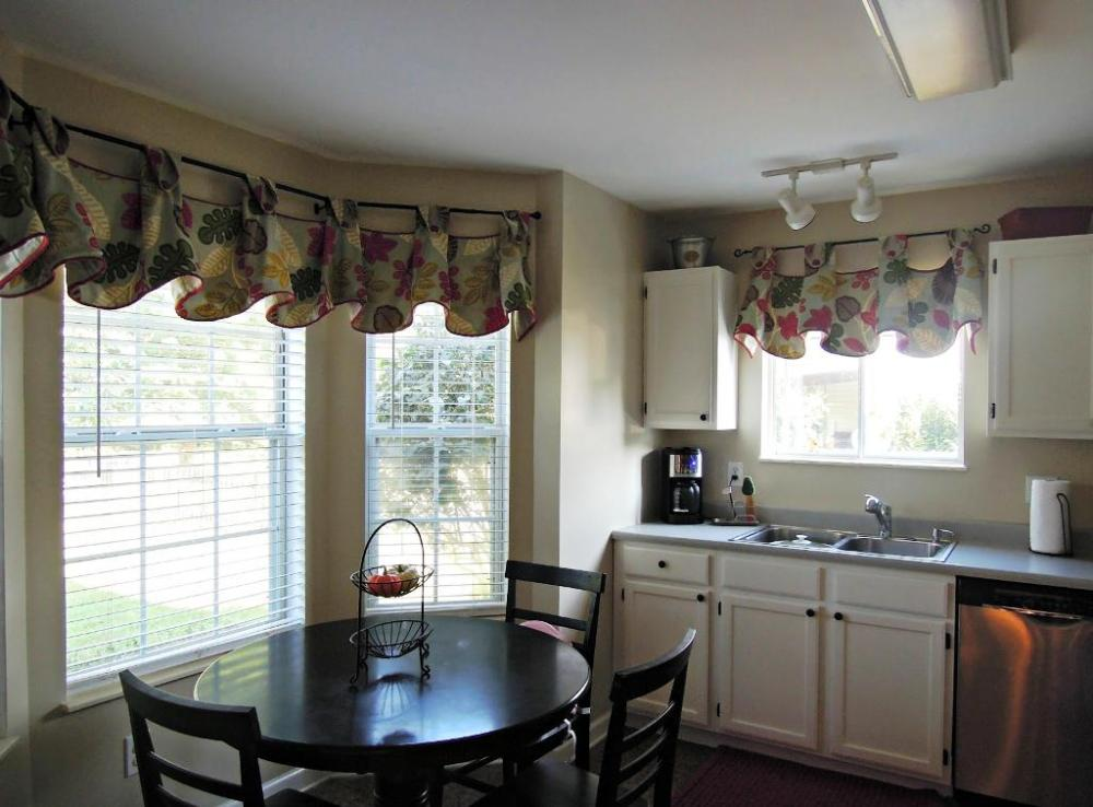 Valances For Kitchen Windows