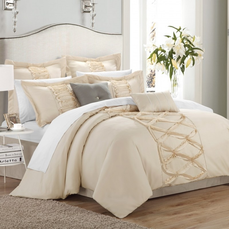 White And Gold Comforter Sets
