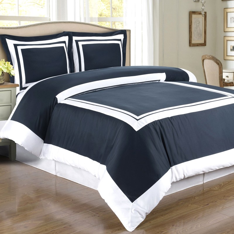 White And Navy Comforter Sets