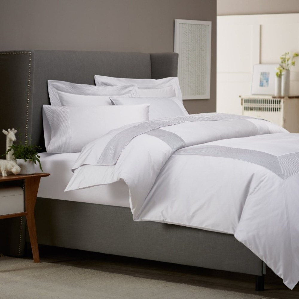 White Bedroom Comforter Sets