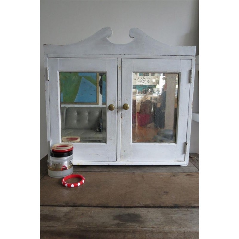 White Vintage Bathroom Cabinet