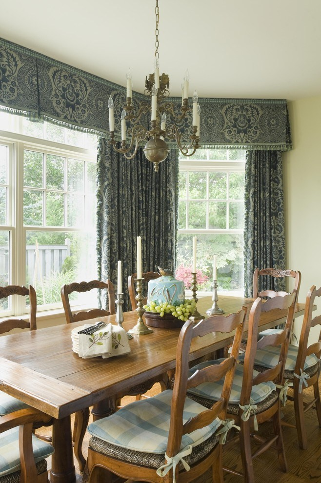 Wood Window Valance With Crown Molding