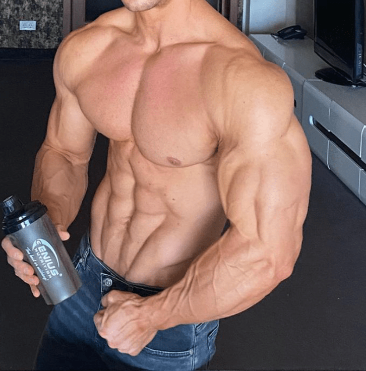 equipoise-stack-muscular-man