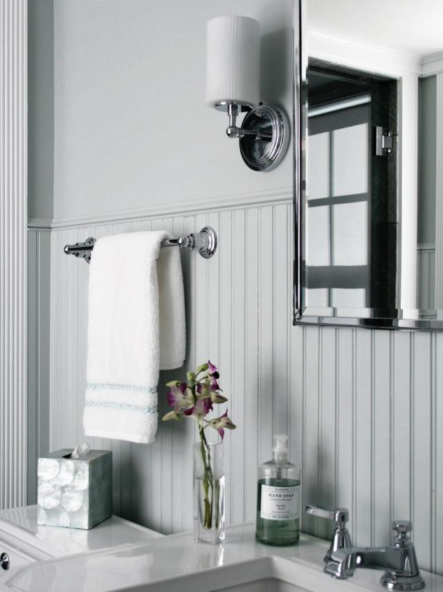 Beadboard Bathroom Designs & Ideas From HGTV
