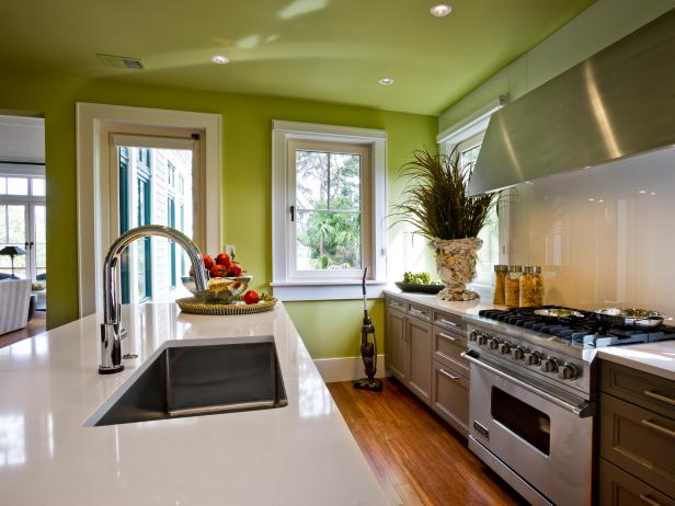 Best Paint Color For Small Kitchen