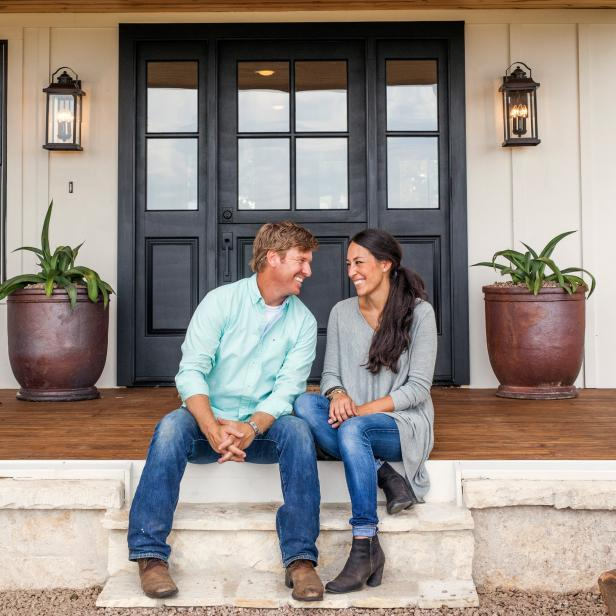 Farmhouse Style Chip and Joanna Gaines Porch with Planters Statement Door