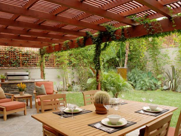 15 Ideas For Landscaping Around A Deck Or Patio